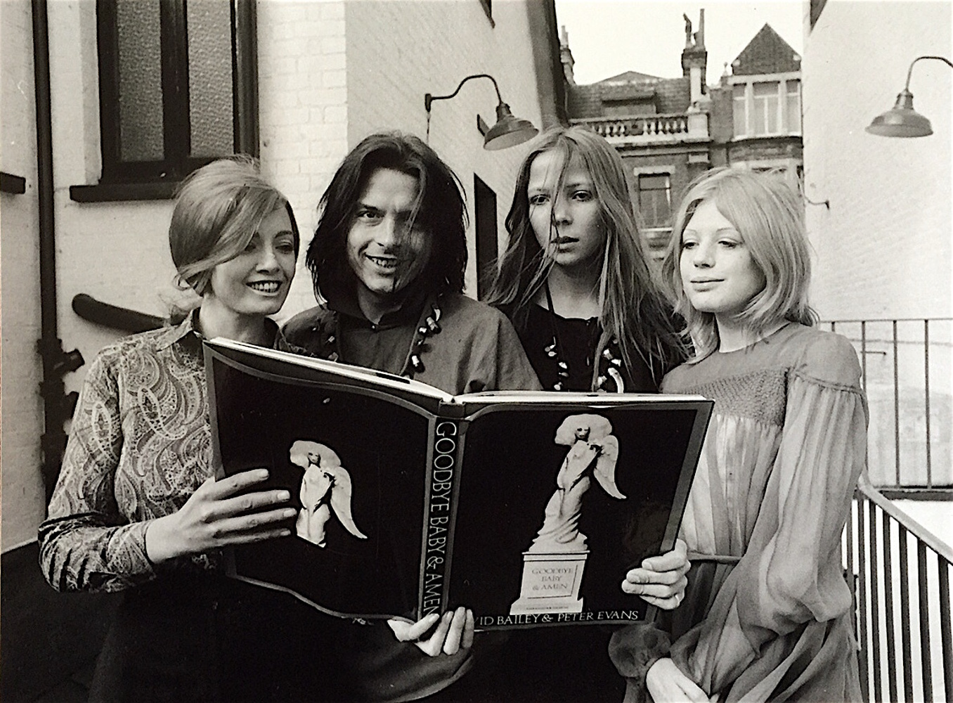 Christine Keeler, David Bailey, Penelope Tree and Marianne Faithful / 1969